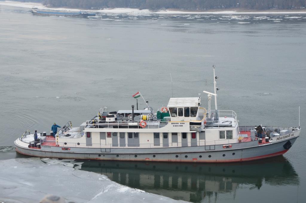 Jégtörő hajók I. fokú jégvédekezési készültségbe helyezése